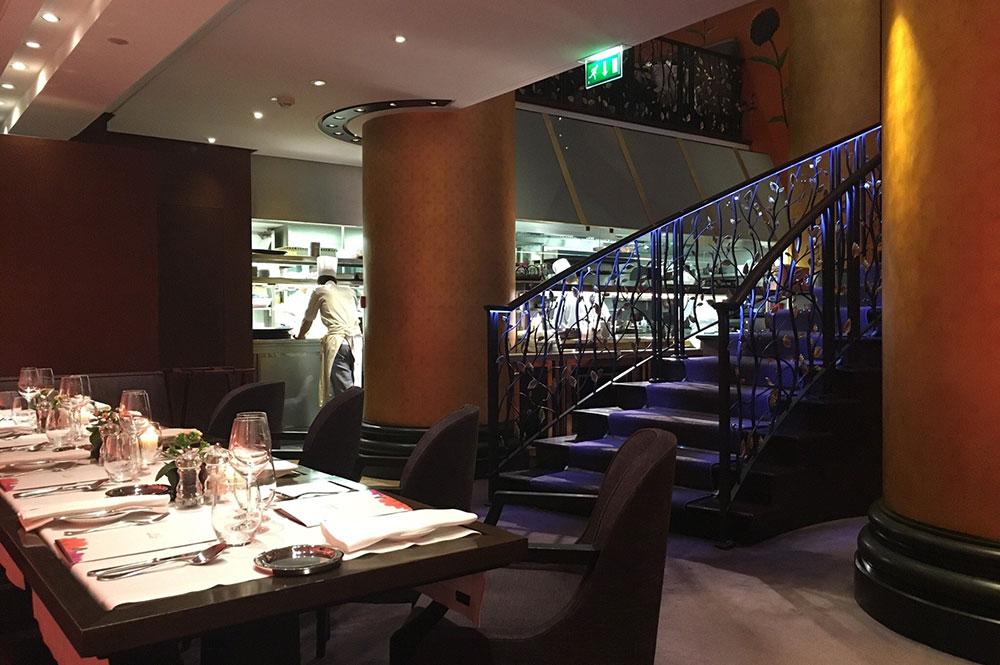 Новогодний ужин в лучших ресторанах Парижа